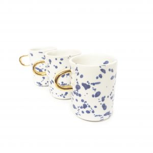 Kubek ze złotym uszkiem, na kawę lub herbatę, pojemny, ręcznie robiony.